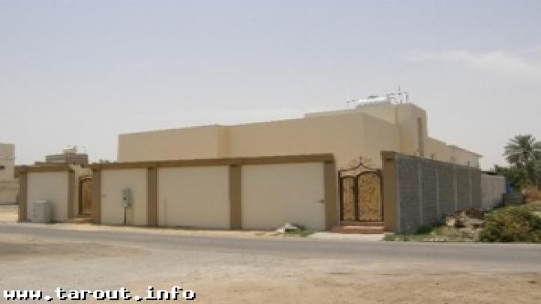 تاروت : الجمعية الخيرية تنجز بناء مسكن لعائلة يتيمة